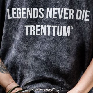 LEYENDS NEVER DIES  -T SHIRTS- 💲: 89.000